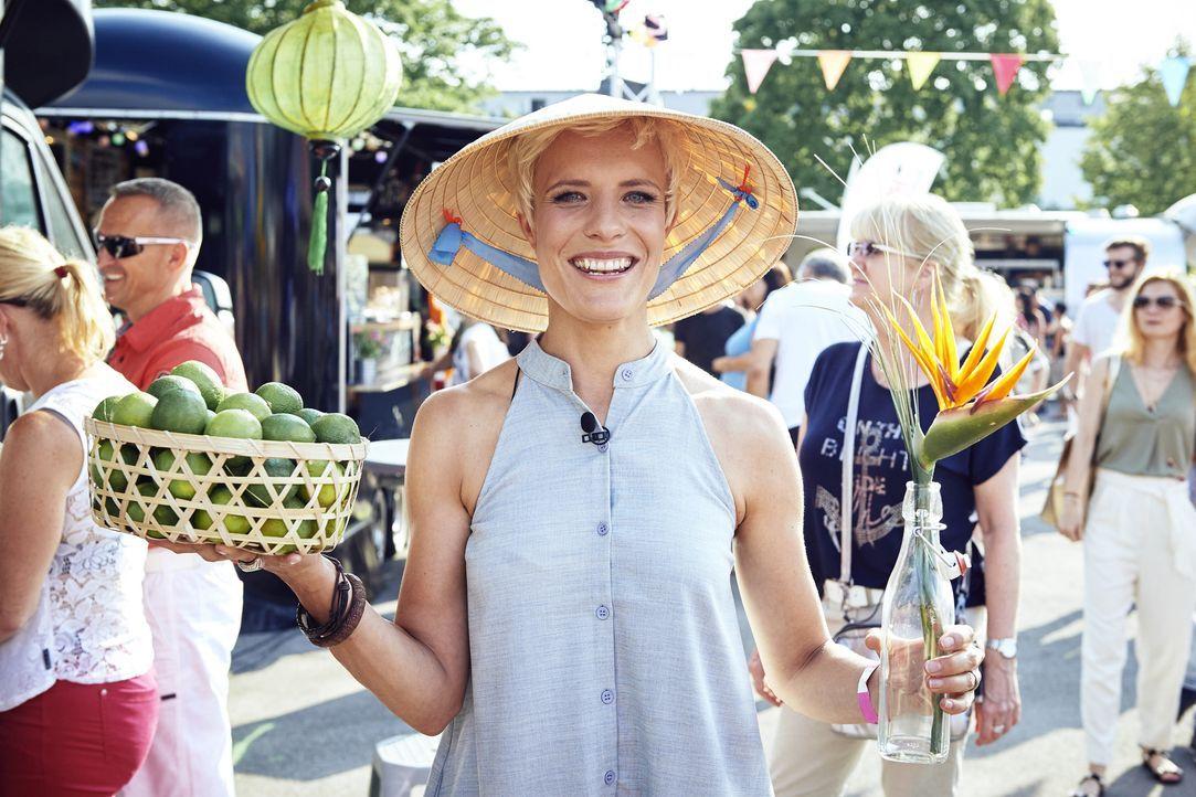 Kabel eins Moderatorin Seraphina Kalze freut sich auf das Foodtruck Festival in Fürstenfeldbruck und ist gespannt, welchen Truck die Besucher zum Fo... - Bildquelle: Marco Nagel kabel eins