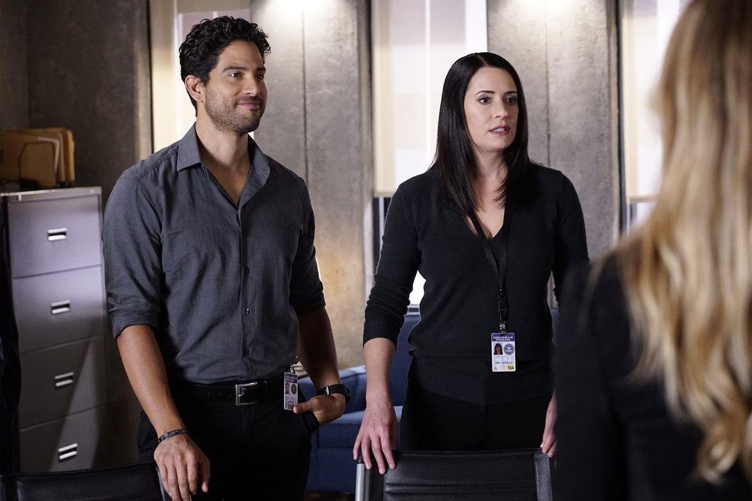 Ein neuer Fall wartet auf Luke (Adam Rodriguez, l.) und Prentiss (Paget Brewster, r.), als ein Mann auftaucht, der behauptet, dass er der Bruder von... - Bildquelle: Robert Voets ABC Studios