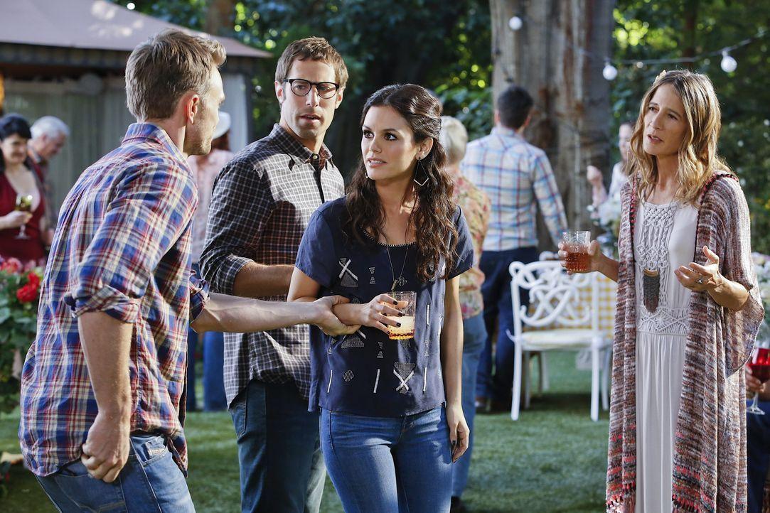 Staffel 3, Folge 11 - Wade und Zoe - Bildquelle: Warner Bros. Entertainment Inc.