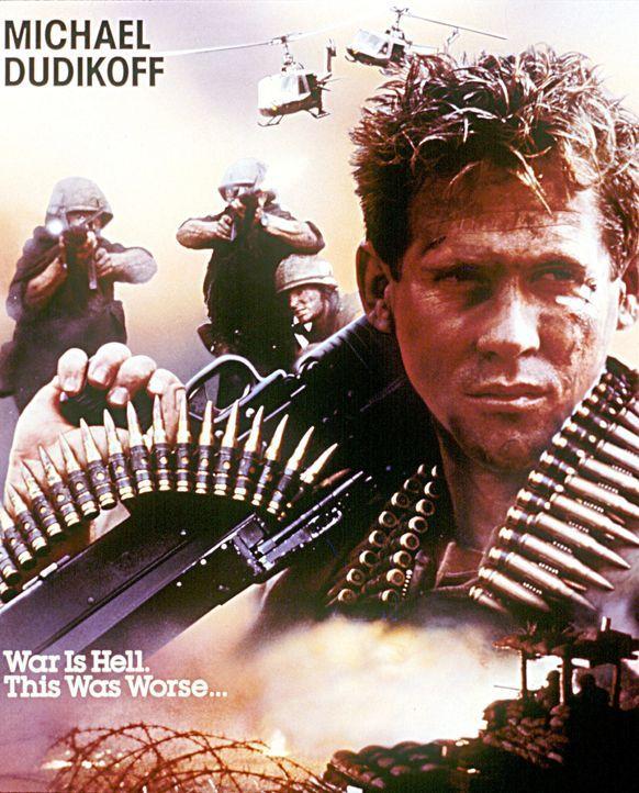 Platoon Leader - Der Krieg kennt keine Helden - Artwork - Lt. Jeff Knight (Michael Dudikoff) muss in Vietnam nicht nur gegen einen unsichtbaren Fein... - Bildquelle: 2006 by Paramount Pictures Corporation. All Rights Reserved.