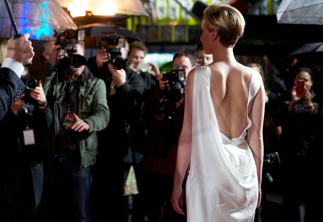 Jennifer-Lawrence-Tribute2-Premiere-London-131111-1-AFP - Bildquelle: AFP