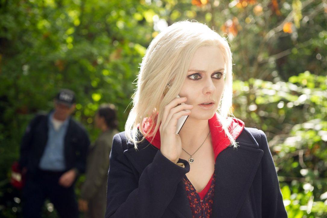 Um die Ermittlungen in einem neuen Fall voranzutreiben, isst Liv (Rose McIver) das Gehirn einer ehemaligen Kommilitonin und entdeckt plötzlich eine... - Bildquelle: Warner Brothers