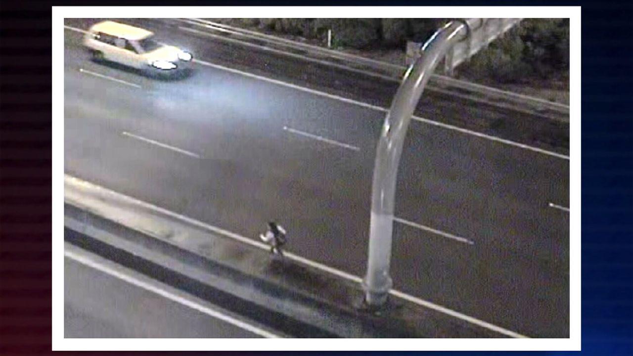 Die Autobahnpolizei wird zu einem Unfall gerufen, für den sich keiner der Fa... - Bildquelle: Greenstone