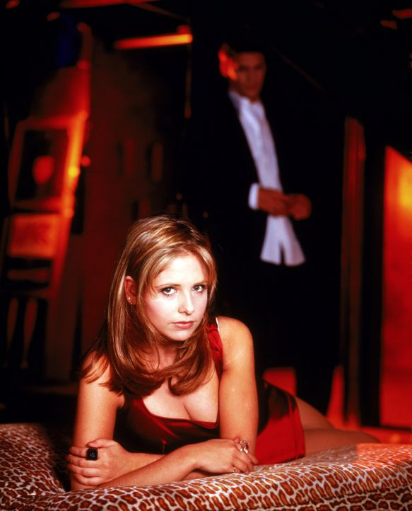 (1. Staffel) - Hat ihre Liebe eine Chance? Buffy (Sarah Michelle Gellar, l.) und Angel (David Boreanaz, r.) - Bildquelle: (1997) Twentieth Century Fox Film Corporation.