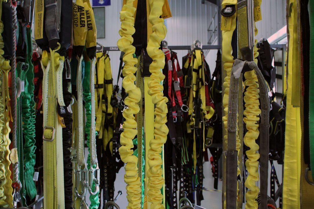 Ketten und Seile können schwere Transporte erleichtern oder Bergsteiger absichern. Ein Fabrikbesuch zeigt, wie diese Gerätschaften entstehen und wel... - Bildquelle: Courtesy Actuality Productions