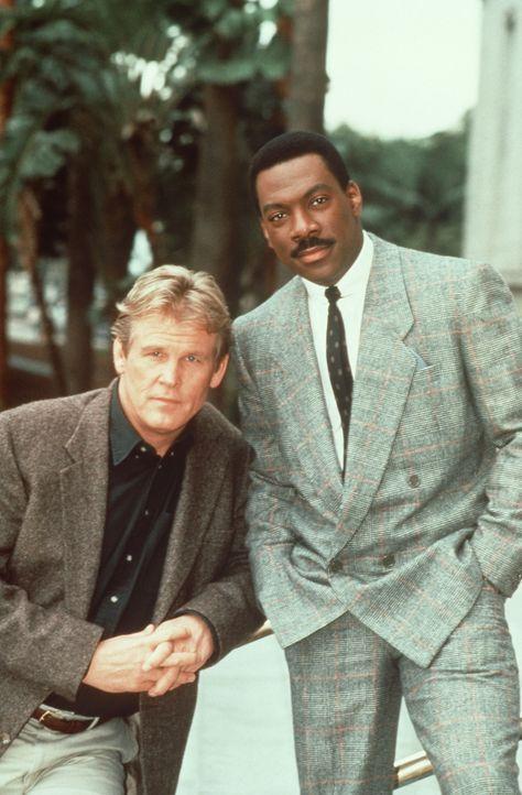 Verdrehte Welt: Der schmuddelige und heruntergekommene Jack (Nick Nolte, l.) ist der Polizist, und der elegante und vornehme Reggie (Eddie Murphy, r... - Bildquelle: Paramount Pictures