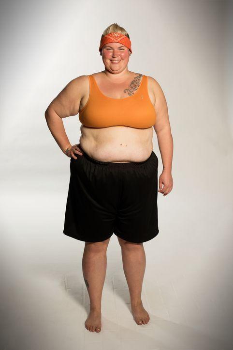 Tanja möchte unbedingt wieder ihre ausgefallenen Klamotten ausführen und sich vor allem sexy kleiden können ... - Bildquelle: Martin Rottenkolber Sat. 1