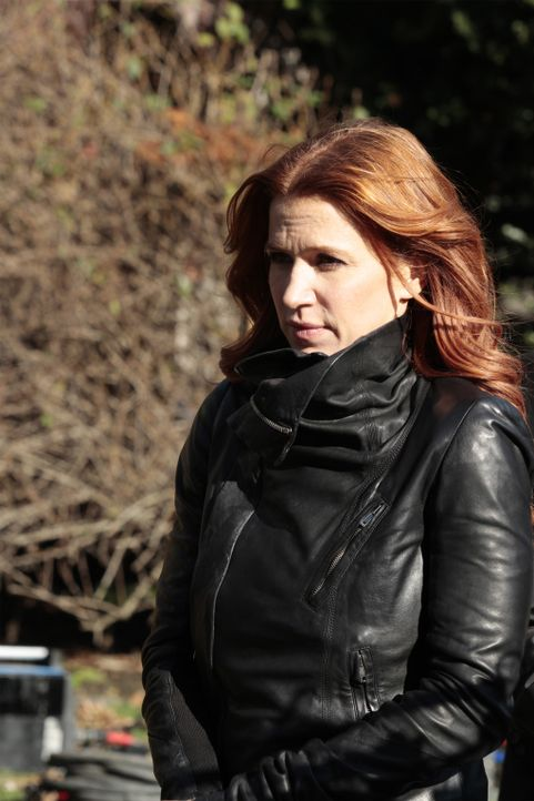 Ermittelt in einem neuen Mordfall: Carrie (Poppy Montgomery) ... - Bildquelle: 2011 CBS Broadcasting Inc. All Rights Reserved.