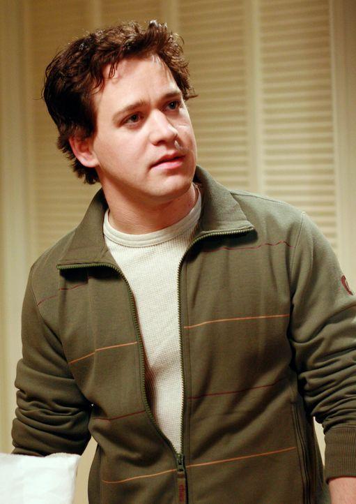 Nachdem Callie George (T. R. Knight) aus den Hotel geworfen hat, sucht er Trost bei Izzie - mit schwerwiegenden Folgen ... - Bildquelle: Touchstone Television
