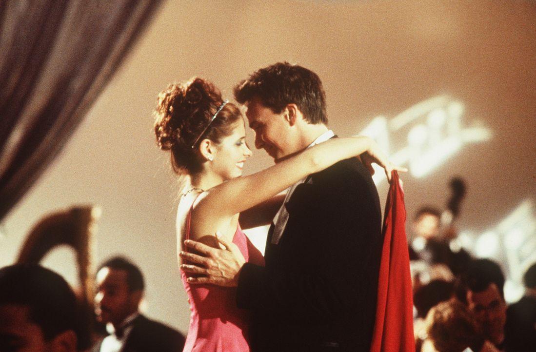 Im siebten Himmel: Amanda (Sarah Michelle Gellar, l.) und Tom (Sean Patrick Flanery, r.) ... - Bildquelle: 20th Century Fox