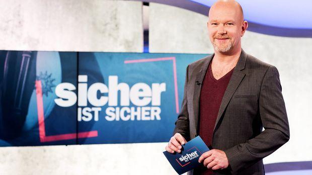 Moderator Peter Giesel wirft einen Blick hinter die Kulissen der Arbeit von Z...