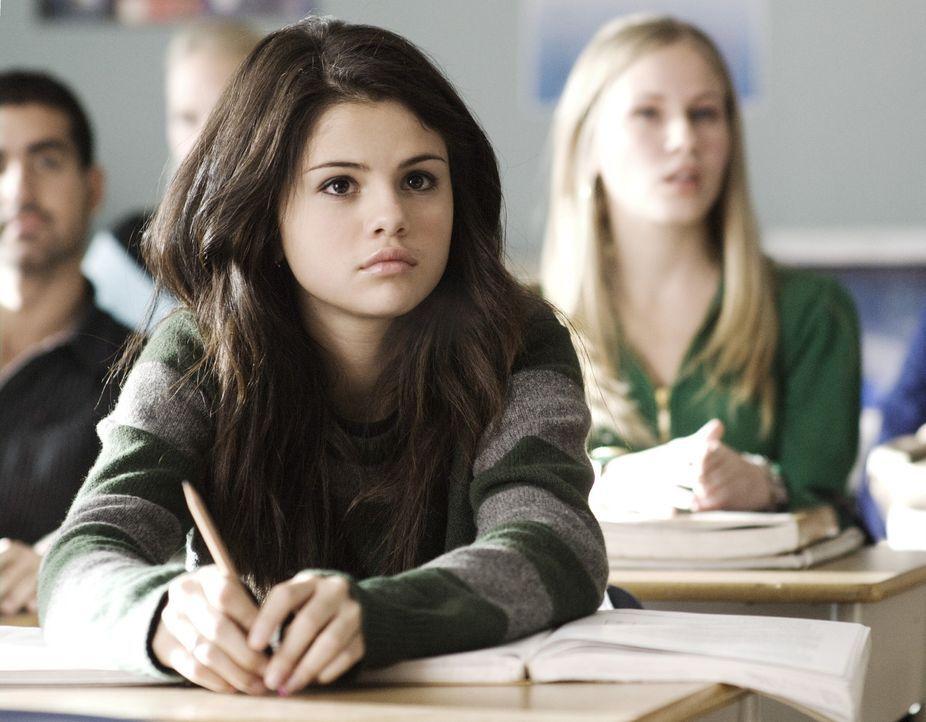 Seit dem Tode ihrer Mutter gibt es nichts, worauf sich Mary (Selena Gomez) noch freuen kann. Doch eines Tages wird ein großer Tanzwettbewerb ausges... - Bildquelle: Warner Brothers