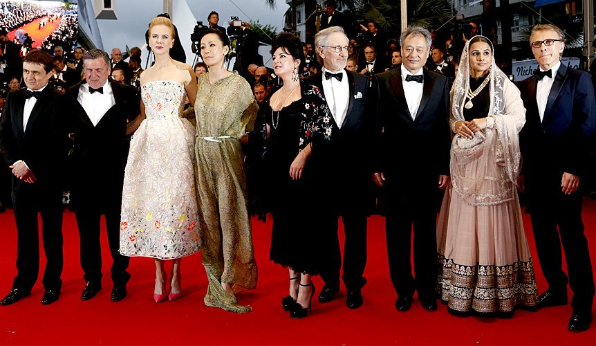 """Jurymitglieder bei der Premiere von """"Der große Gatsby"""" - Bildquelle: AFP"""
