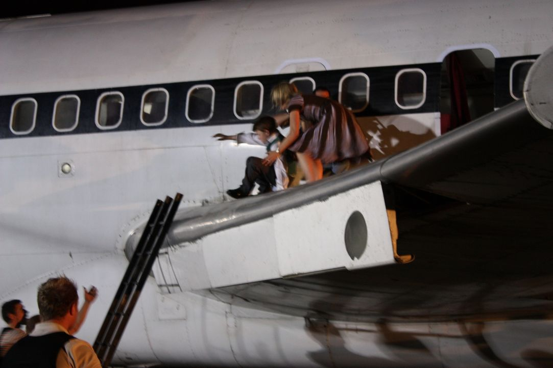 """Die Passagiere der Lufthansa-Maschine """"Landshut"""" werden wohl nie den Tag vergessen, an dem ihr Flugzeug in die Gewalt von palästinensischen Terroris... - Bildquelle: James Leigh 2008 DANGEROUS FILMS"""