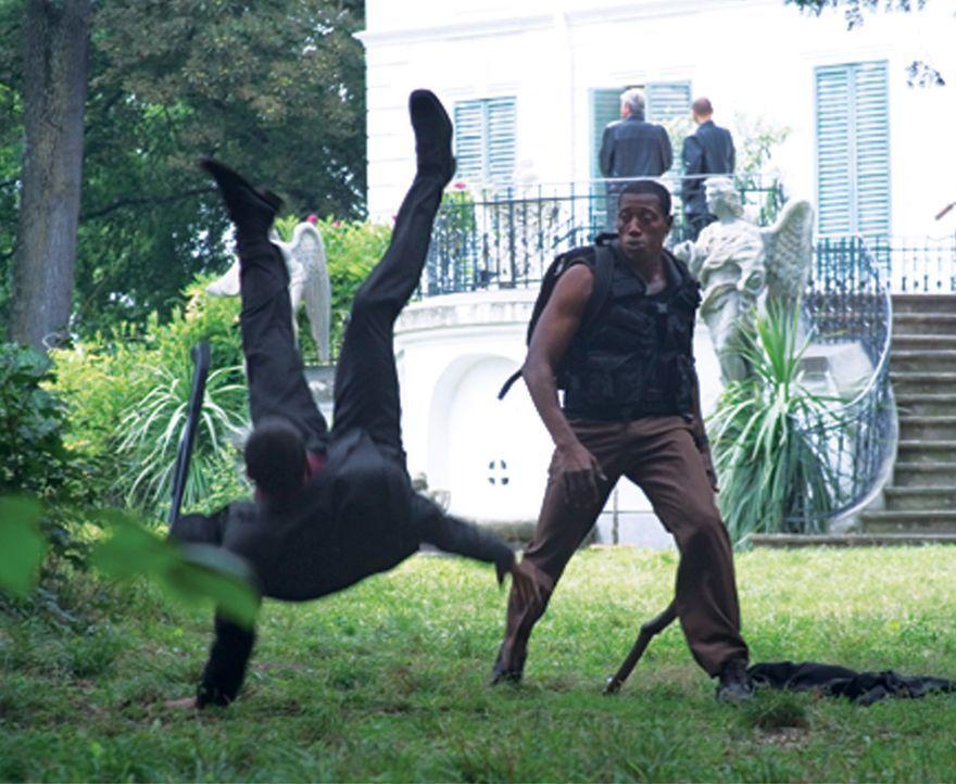 Eiskalte russische Gangster versauen Jack Tolliver (Wesley Snipes, r.) seinen Überfall auf einen Geldtransporter. Und als ob das noch nicht genug wä... - Bildquelle: Sony 2007 CPT Holdings, Inc.  All Rights Reserved