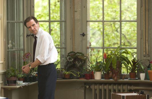 Der ewige Gärtner - Justin Quayle (Ralph Fiennes), Diplomat im britischen Hoc...
