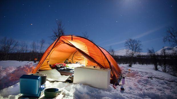 Silvesterurlaub_2015_11_23_Silvester Camping_Schmuckbild_fotolia_Jens Ottoson