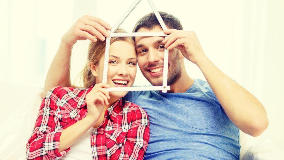 Phasen einer Beziehung - Bildquelle: Syda Productions - Fotolia
