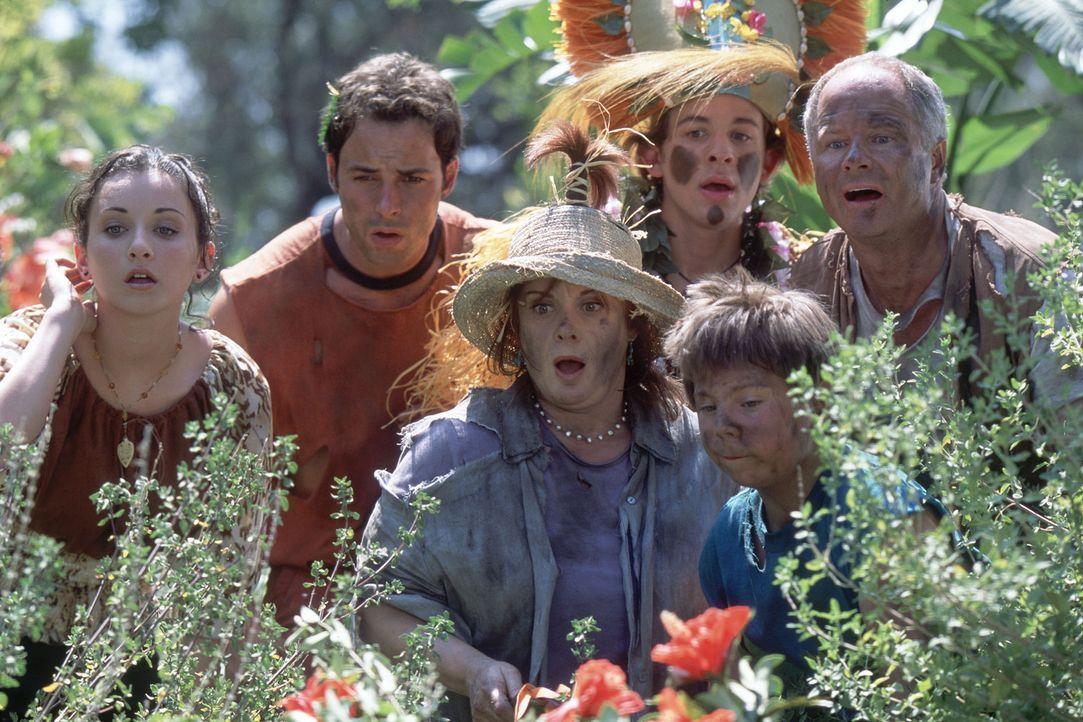 "Als die Familie Stevens, (v.l.n.r.) Ren (Christy Carlson Romano), Donnie (Nick Spano), Eileen (Donna Pescow), Louis (Shia LaBeouf), ""Beans"" (Steven... - Bildquelle: The Disney Channel"