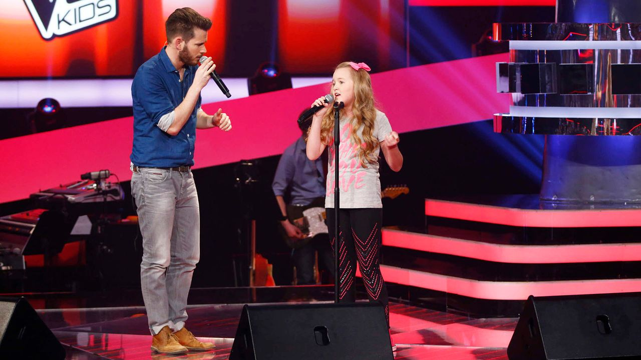 The-Voice-Kids-Stf02-Vorschau-12-SAT1-Richard-Huebner-TEASER - Bildquelle: SAT.1/Richard Huebner