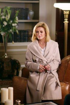 Cold Case - Ist Lauren Williams (Donna Mills) während eines Stromausfalls 199...