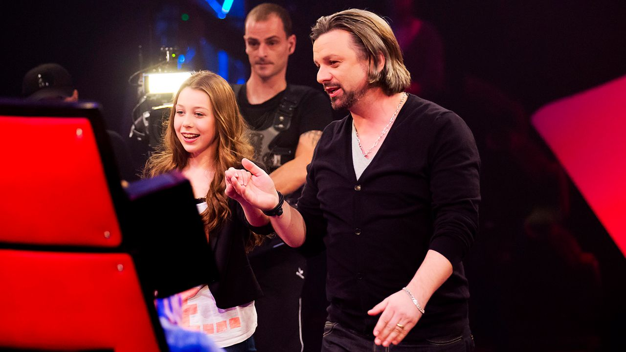 The-Voice-Kids-epi03-danach-Malin-2-SAT1-Richard-Huebner - Bildquelle: SAT.1/Richard Hübner