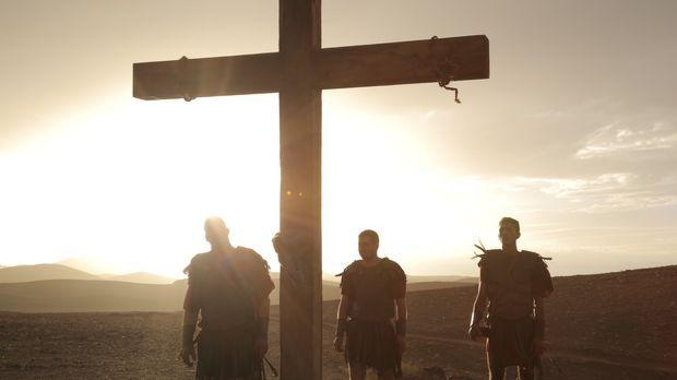 Die drei Apostel Johannes, Judas und Jakobus begeben sich auf eine gefährlich...