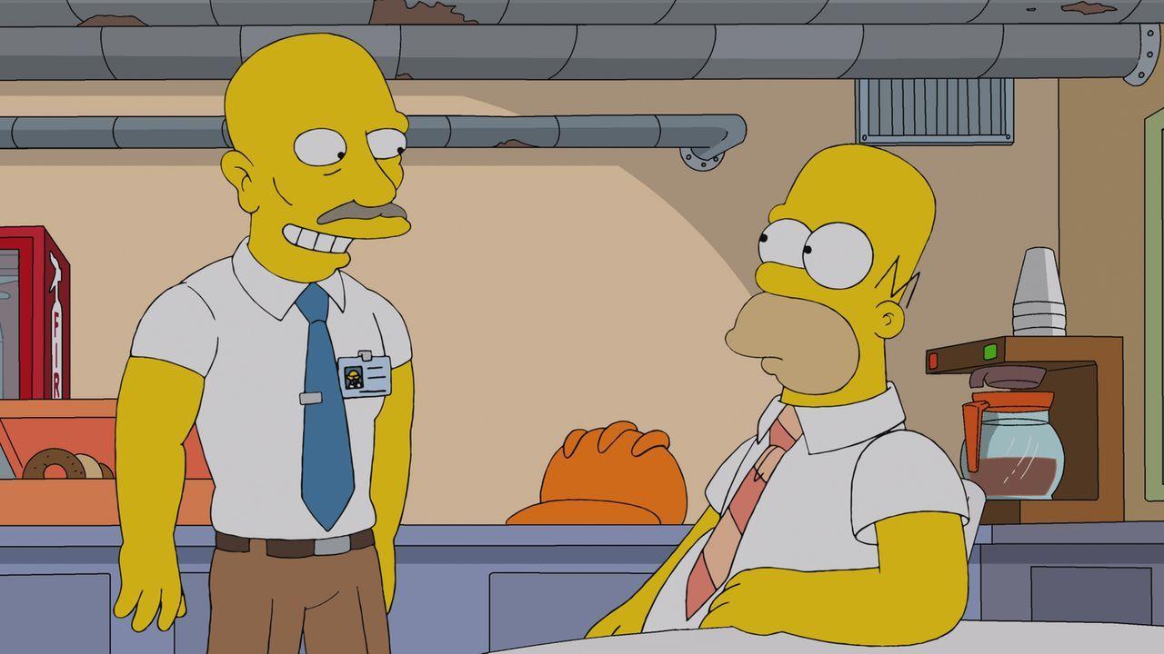 Homer (r.) hat seine zwei letzten Haare verloren und muss sich nun mit einem Leben als Glatzkopf auseinandersetzen ... - Bildquelle: und TM Twentieth Century Fox Film Corporation - Alle Rechte vorbehalten