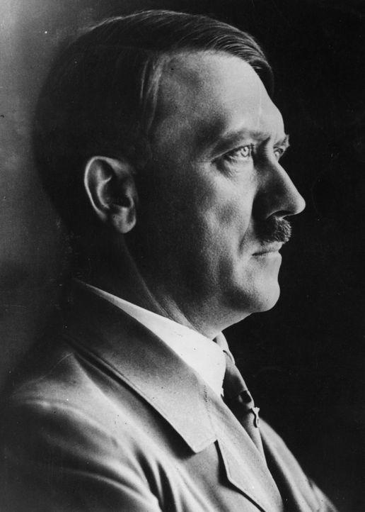 """Am 20. Januar 1942 beschlossen Adolf Hitler und seine Schergen bei der berüchtigten Wannsee-Konferenz die Organisation und Umsetzung der """"Endlösung... - Bildquelle: Hulton Archive/Getty Images"""