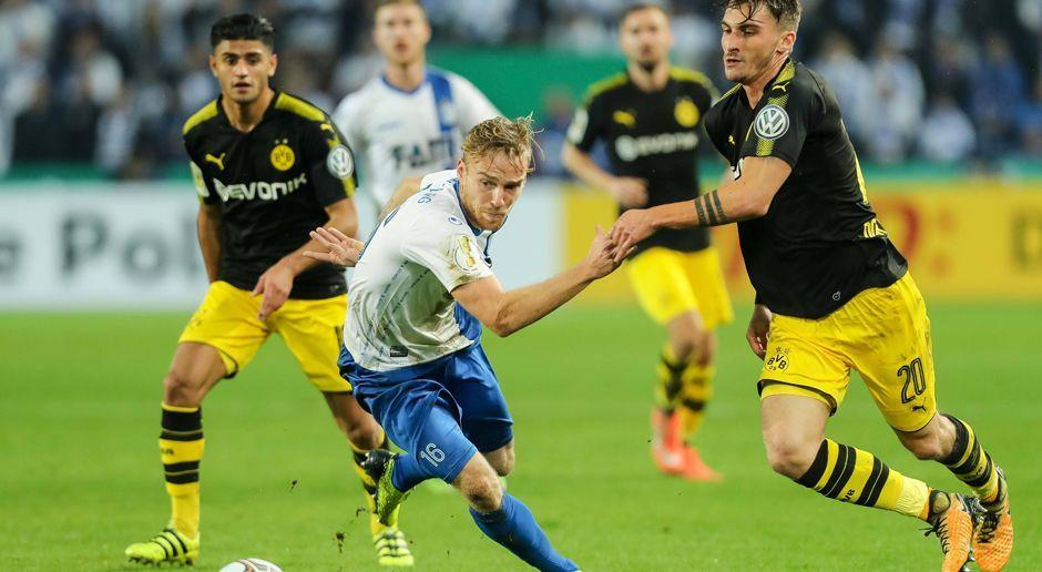 Dfb Pokal Borussia Dortmund Gegen Den 1 Fc Magdeburg In Der Ein