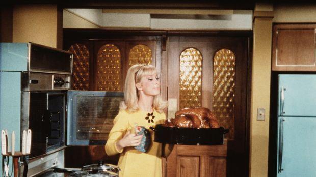Jeannie (Barbara Eden) glaubt, dass sie auf ihren Tony verzichten muss, weil...