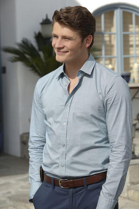 Wird er endlich über Jane hinwegkommen? Michael (Brett Dier) ... - Bildquelle: 2014 The CW Network, LLC. All rights reserved.
