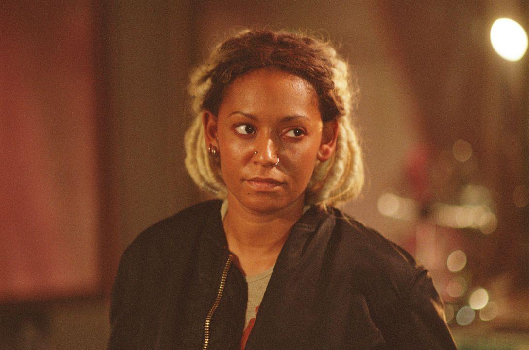 Für Louise (Melanie Brown) beginnt ein Alptraum, der kein Ende zu nehmen scheint ... - Bildquelle: Buena Vista International