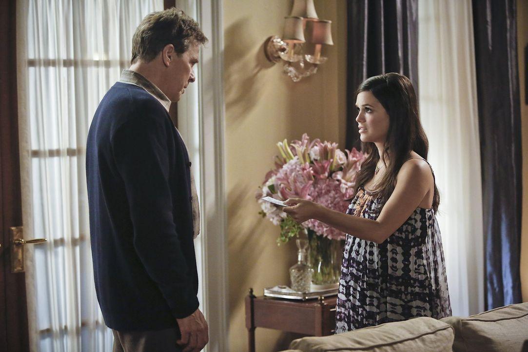 Kann Brick (Tim Matheson, l.) Zoe (Rachel Bilson, r.) wirklich die richtigen Ratschläge geben, wenn es darum geht, wie sie einen richtigen Alabama J... - Bildquelle: 2014 Warner Brothers