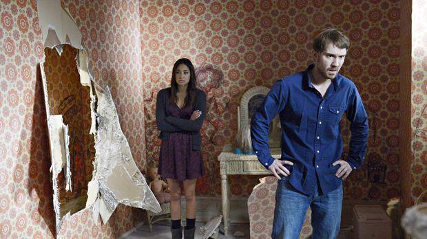 Eine Begegnung in dem ehemals versiegelten Zimmer sorgt für einige Probleme f...