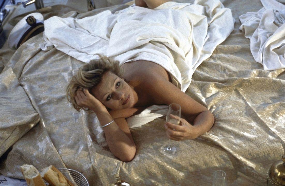 Sex oder Liebe? Marie (Jennifer Nitsch) ... - Bildquelle: Volker Rohloff ProSieben