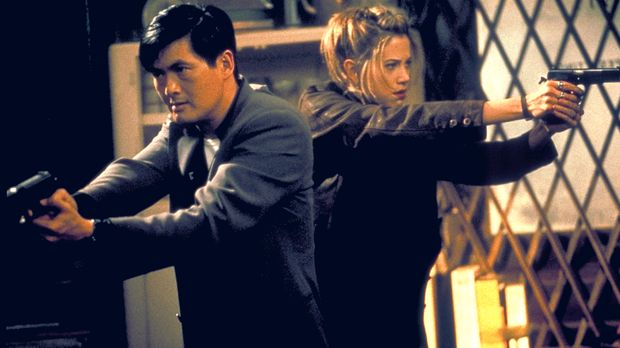 Ein starkes Team: John Lee (Chow Yun-Fat, l.) und Meg Coburn (Mira Sorvino, r...