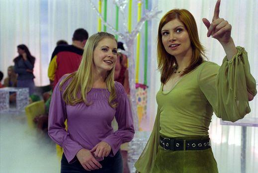 Sabrina - In ihrem Unglück erinnert sich Sabrina (Melissa Joan Hart, l.) an I...