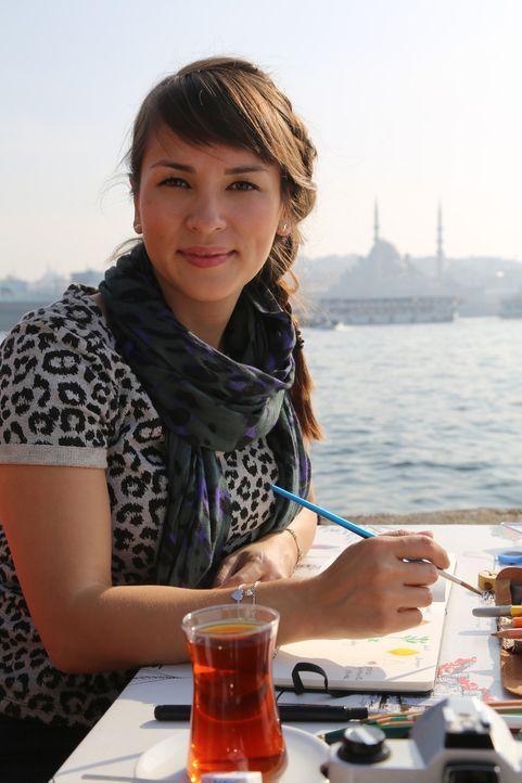 Rachel Khoo lässt sich von der einmaligen Stimmung am Bosporus inspirieren ... - Bildquelle: Richard Hill BBC 2014