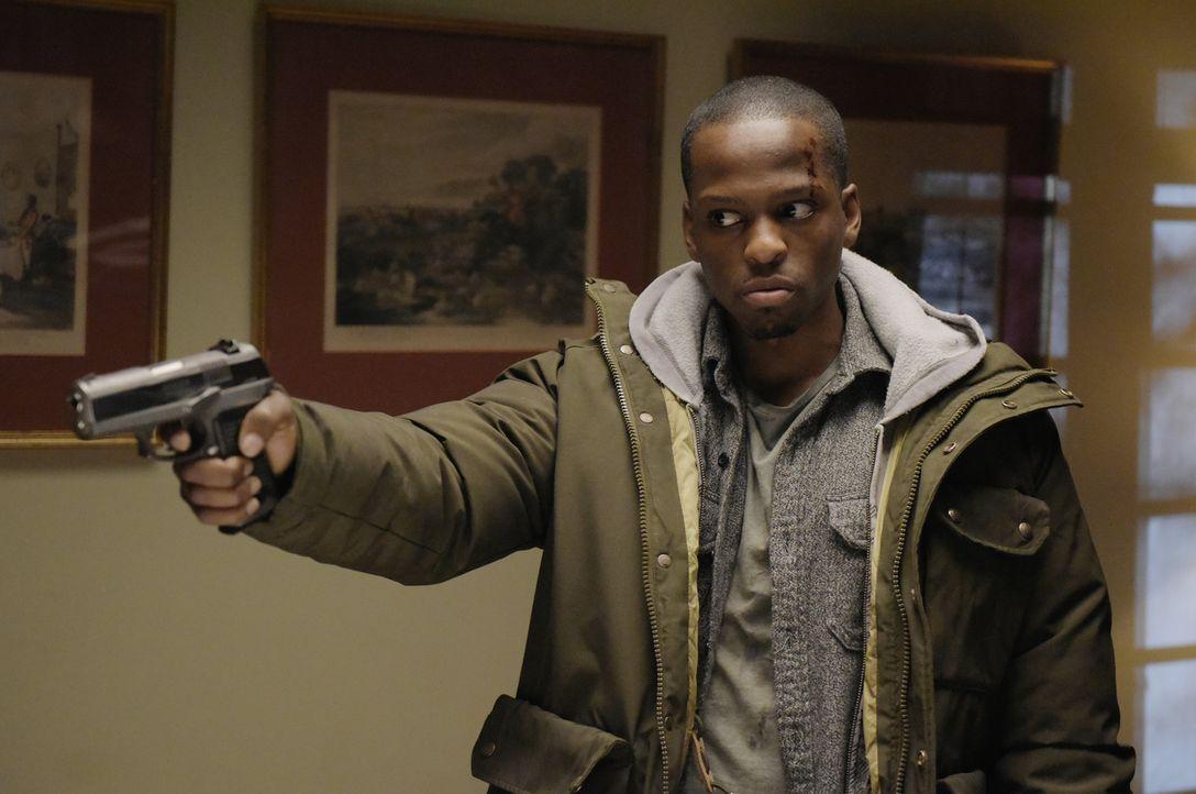 Was hat Derrick (Jaa Smith-Johnson) vor? - Bildquelle: Philippe Bosse 2015 ABC Studios