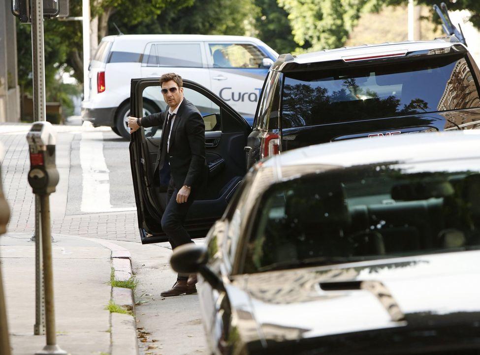 Ein neuer Fall wartet auf Jack Larsen (Dylan McDermott) und seine Kollegen ... - Bildquelle: Warner Bros. Entertainment, Inc.