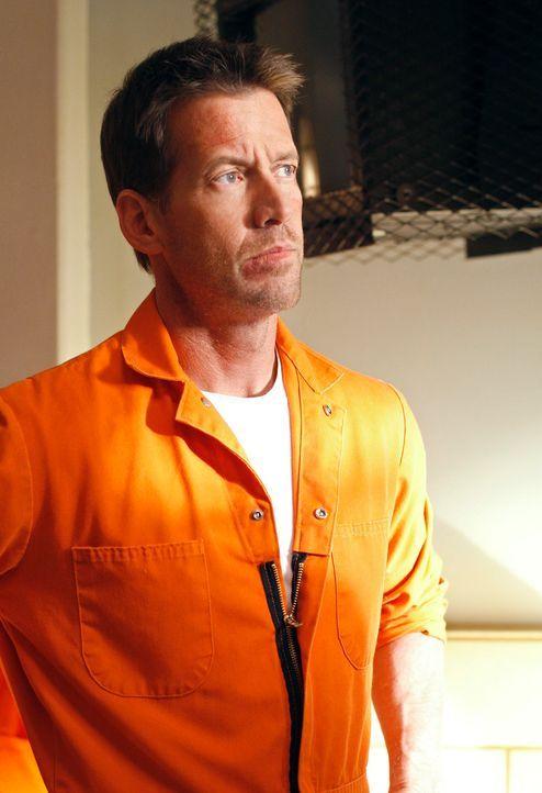 Mike (James Denton) hat eine schwierige Zeit im Gefängnis ... - Bildquelle: 2005 Touchstone Television  All Rights Reserved