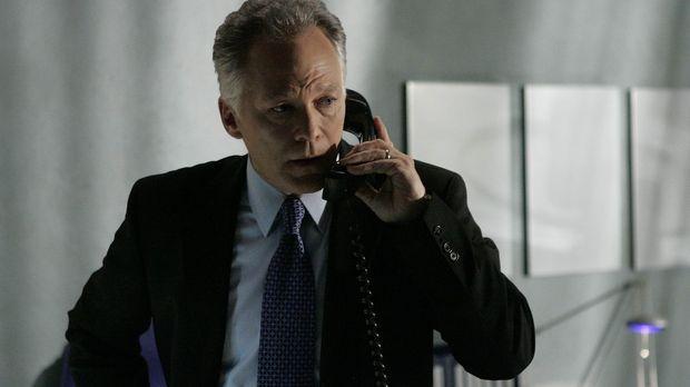 Der CTU-Direktor Bill Buchanan (James Morrison) steht unter schwerem Verdacht...