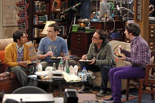 The Big Bang Theory - Ganz besondere Freunde: Sheldon (Jim Parsons, 2.v.l.),...