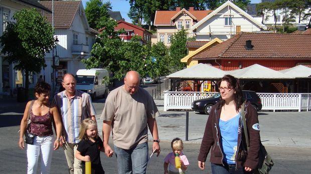 Familie Lüdtke wandert von Erkelenz in der Nähe von Mönchengladbach nach Norw...