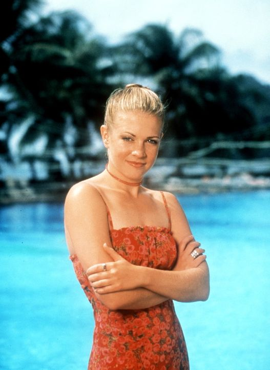 Die junge Hexe Sabrina (Melissa Joan Heart) fährt mit ihrer Freundin Gwen in den Urlaub nach Australien. Dort lernt sie den an einem tödlichen Hau... - Bildquelle: American Broadcasting Company (ABC)