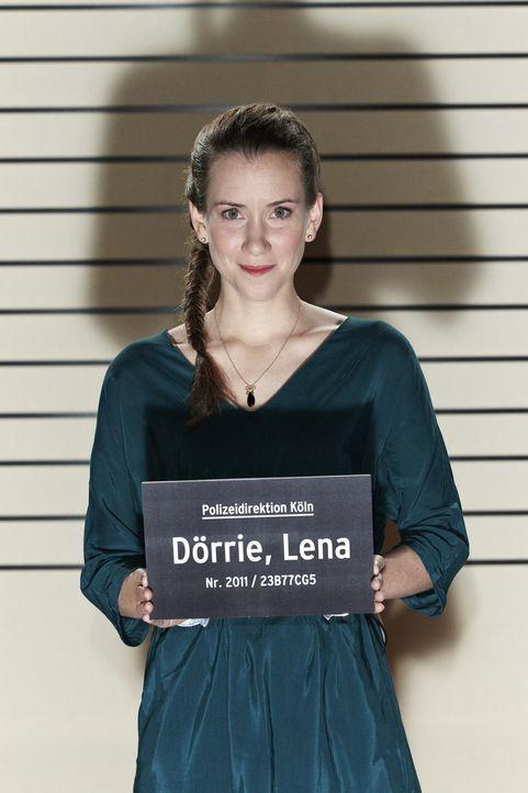 Lässt's krachen: Lena Dörrie ... - Bildquelle: Guido Engels SAT.1