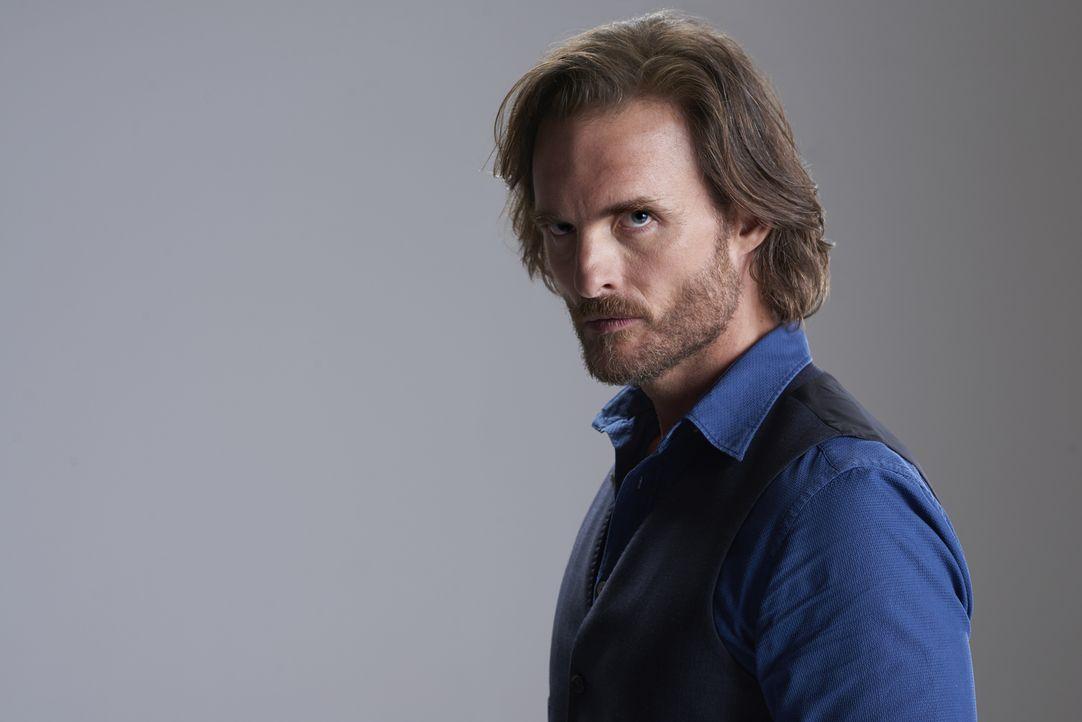 (2. Staffel) - Für Jeremy (Greg Bryk) wird es immer wichtiger, Malcolm aus dem Weg zu räumen, wenn er sein Revier und sein Rudel als Alpha behalten... - Bildquelle: 2015 She-Wolf Season 2 Productions Inc.