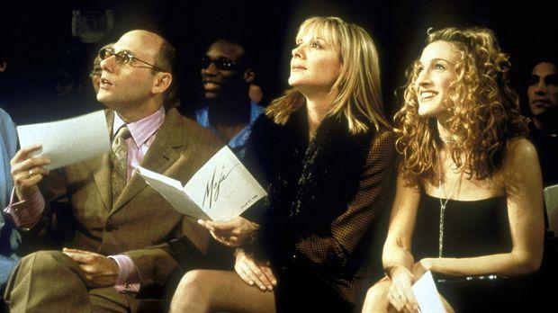 Stanford (Willie Garson, l.), Samantha (Kim Catrall, M.) und Carrie (Sarah Je...