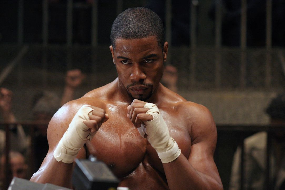 Aufgrund einer folgenschweren Intrige landet der amerikanische Berufsboxer George Chambers (Michael Jai White) i einem sibirischen Gefängnis. Hier w... - Bildquelle: Nu Image Films